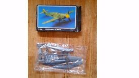 Airfix/Starfix 1:48 Scale Messerschmitt plane Bf109 Plastic Model Kit