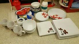 Kitchen plates and bits