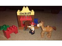 LEGO DUPLO 5657 Toy Story Jessie's Round-up.