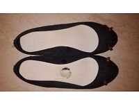 Ladies Atmosphere Black Flat Ballerina Shoes size 6/39