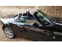 MAZDA MX5 2.0i BLACK Sport Tech – 2009 low mileage -electric retractable hard top roof
