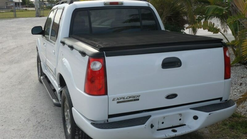 Image 5 Voiture Américaine d'occasion Ford Explorer Sport Trac 2004