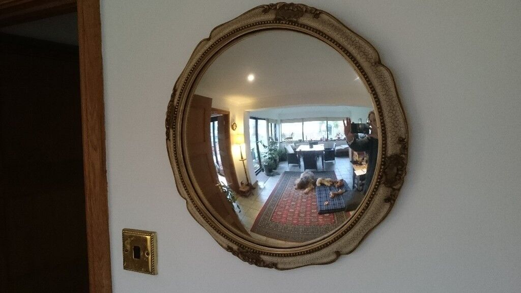 Fisheye Convex Mirror In Decorative Painted Wooden Frame