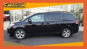 2013 Toyota Sienna V6 + AUTOMATIQUE + JAMAIS ACCIDENTE +