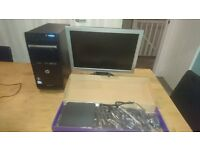 HP Dual Core PC + 19in Monitor Windows 7 + Office 2010