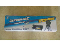 Silverline Laser Level with case & tripod. New.