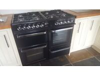 Range cooker for sale nearly new