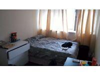 Cheap Double room in Poplar