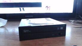 Samsung Write master DVD Writer Model SH-224