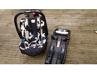 Britax Baby-Safe Plus ii car seat with ISO fix base