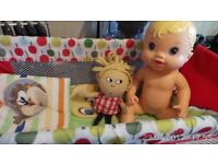 """2011 Hasbro Baby Alive """"All Gone"""" Doll+Bed, Pillow and Duvet, Toy Lola."""