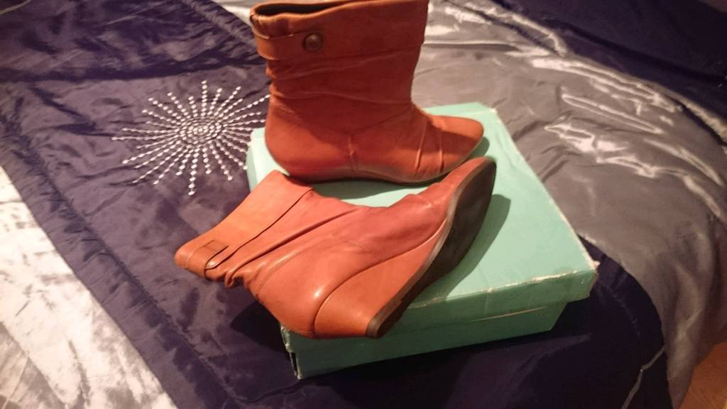 Genuine leather tan ankle boots size 5