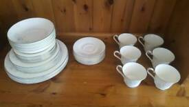 Royal Doulton Fine Bone China Dinner Set 36pcs