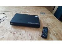 LG blu ray dvd player with remote and hdmi lead