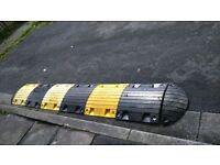 traffic calming/speed hump/cable protector