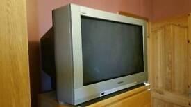 Panasonic 32 inch 'old school' TV