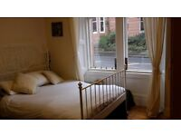 Room to rent in spacious Westend flat