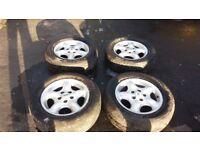 Alloy landrover wheels