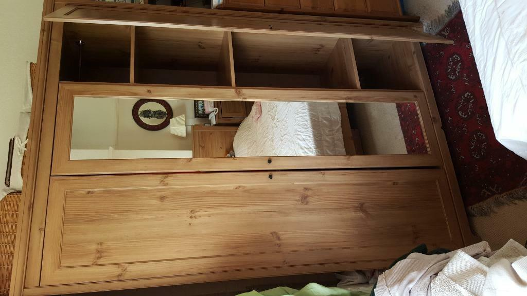 Large bedroom drawers for sale buy sale and trade ads for Bedroom drawers sale