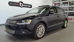 2012 Volkswagen Jetta Sedan HIGHLINE + CUIR + FAIBLE KILOMETRAGE