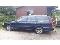 MUCH LOVED RELIABLE 2000 VOLVO V70 SE MK1 AUTO NAVY BLUE MOT'D AND RUNNING