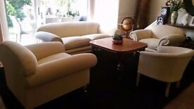 Elegant 4 piece Sofas - Local delivery can be arranged if needed