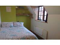 Mon-Fri professional let in lovely 2 bed cottage.