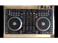 Newmark N4 DJ Controller
