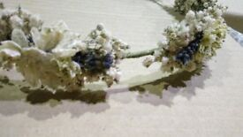 Beautiful flower crown, with real dried flowers and lavender.