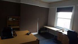 OFFICE TO LET - £280.00