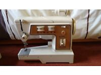 Singer 720 sewing machine and accessories FREE for spare parts