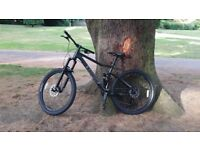 Barand new rode once, voodoo canzo very good bike
