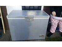 Chest freezer brilliant condition just a few dints nothijg major