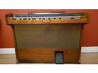 Retro Electronic Organ Wiscount CL1