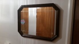 2.4 Free Same Day Delivery Available: Beautiful Classic Wooden Mirror In Great Condition.