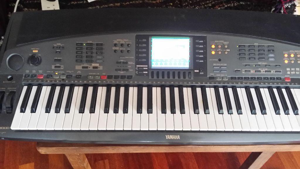 Yamaha Psr 8000 Full Size Electronic Keyboard In