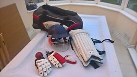 cricket bats pads gloves helmet and stumps suit 13 to 15 year old