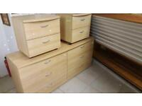Modern Set Of 6 Drawers & 2 Matching Bedside Cabinets