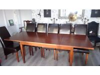 Extending Dining Table in mahogany & 6 leather dining chairs