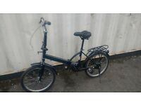 FOLDING BICYCLE BLACK IN EXCELLENT CONDITION SINGLE SPEED 20 INCH WHEEL AVAILABLE FOR SALE