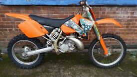 Ktm 200 exc £1250 runs n rides as it should brilliant bike well lookd after
