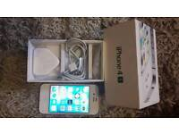 EXCELLENT CONDITION IPHONE 4S IN BOX WITH ALL ACCESSORIES UNLOCKED