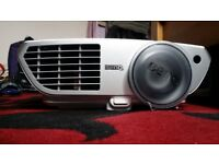 Benq W1300 HD & 3D PROJECTOR - 1920 X 1080dp RESOLUTION IN PERFECT WORKING CONDITION
