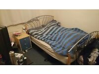 Available Room in Oxford (Great Location and Price!)