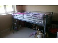 High kids bed