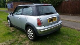 mini cooper 04 low millage car long mot top range car 3 door car cd player