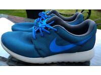 Nike Roshe size 9,5