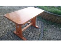 Pine dining room table - good condition