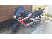 1988 Kawasaki ZX1000-B1, Black & Silver £1950 ono in good condition