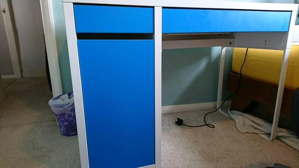 Ikea Micke Blue And White Computer Desk